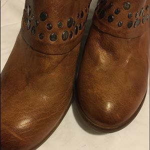 SOFFT leather studded clog booties